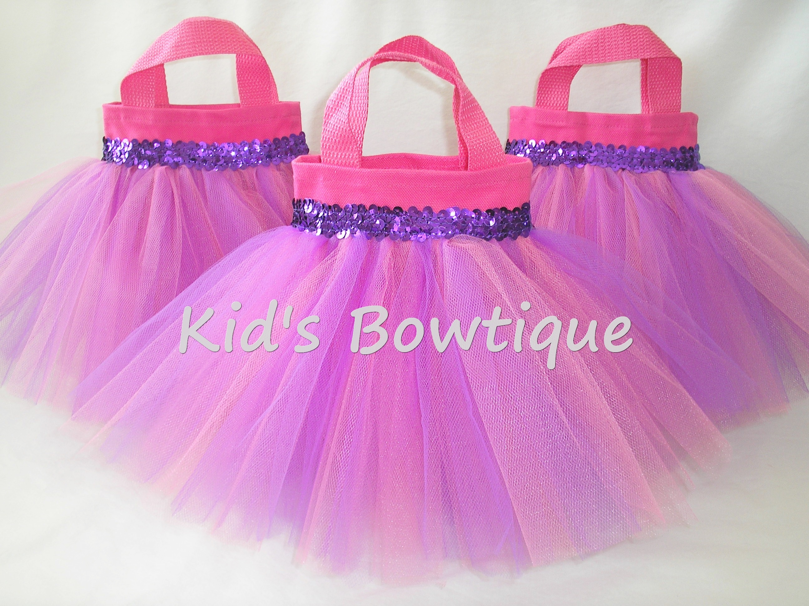 Pink and lavender baby birthday party favor tutu bags for Bag decoration ideas
